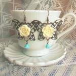 Vintage style earrings retro jewelry &quot;Innocenza&quot; - &#039;Treasures&#039; collection antiqued copper, filigree butterfly flower cabochon cr